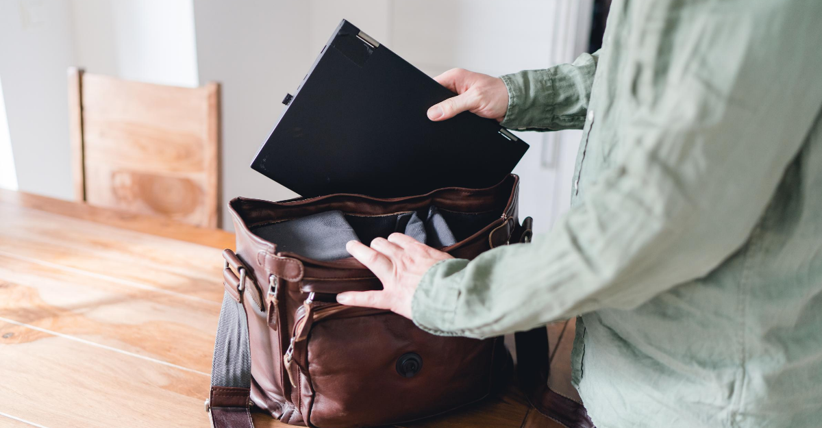 Best Laptop Bags Buying Guide 2020